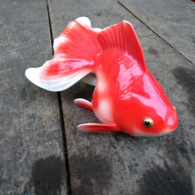 ノリタケの金魚